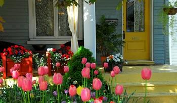 Лесни идеи и трикове за пролетно освежаване на вашата мансарда