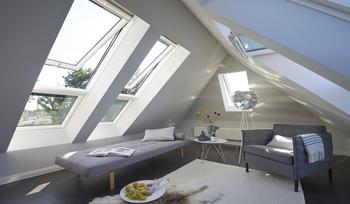 Вдъхновяващи идеи и полезни съвети как да използвате малките мансардни помещения